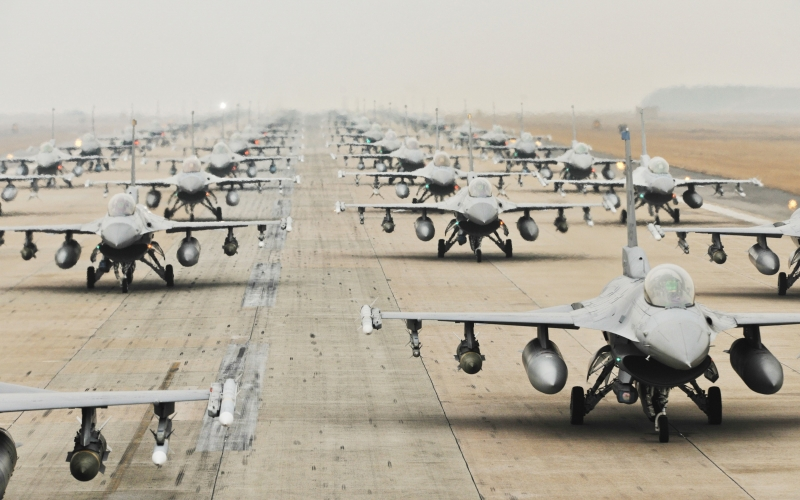 military jets, runway, training, usa, exercise, f-16, airplane, plane, aviation, aircraft