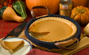 pumpkin pie, autumn, holiday, baked, delicious, seasonal, fall, slice, warm, festive, thanksgiving, harvest, whipped cream, crust
