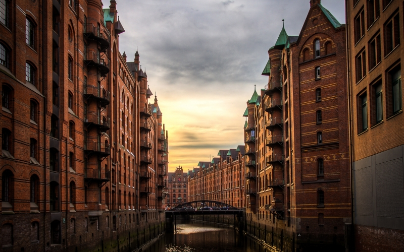 river, buildings, storehouse-town, sunset, sunrise, clouds, architecture, city, urban, travel, water, bridge, europe, hamburg