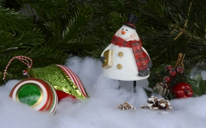 snowman, christmas, christmas balls, pine cones, advent, christmas time, decoration, merry christmas