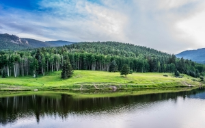 clouds, colorado, daylight, green, idyllic, lake, landscape, mountains, nature, outdoors, reflection, river, san isabel, scenic, summer, trees, valley, woods