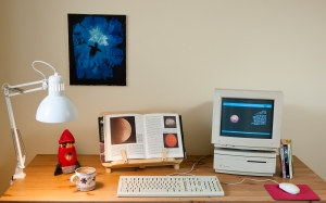 old computer, retro computer, macintosh IIsi, M0360, macintosh color display, M1212, appledesign keyboard, M2980, macally mouse