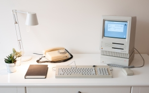 old computer, retro computer, desk, room, telephone, apple macintosh se, 80SC drive, apple adb keyboard, mouse