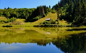 lake, hills, mountain, landscape, nature, water, travel, blue, view, forest, green, reflection, natural, summer, tranquil