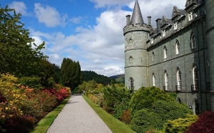 scotland, highlands, inveraray castle, history, garden, architecture