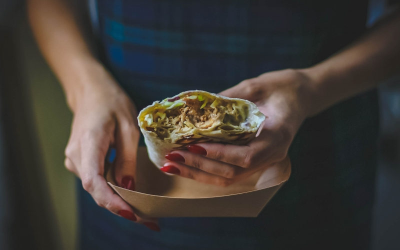 close-up, delicious, food, hands, meal, meat, tasty, woman, yummy, roll, pitta bread