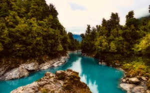 new zealand, river, landscape, rocky, stones, forest, trees, woods, nature, wilderness, lake, clouds, blue