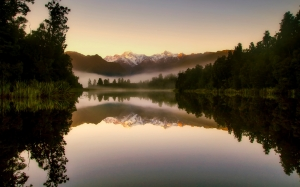 dark, new zealand, landscape, sunrise, fog, morning, forest, trees, woods, nature, outdoors, lake, water, reflections, mountains