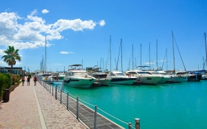 embankment, yachts, blue sea, sunny, resort, summer, warm, relaxation