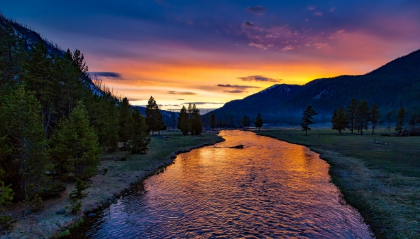 yellowstone national park, sunset, twilight, dusk, evening, landscape, scenic, idyllic, meadow, nature, outdoors, countryside, wilderness, reflections, madison river, sky, forest, trees, woods