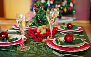 christmas table, christmas dinner, holiday, christmas, xmas, new year, plates, setting, traditional, season