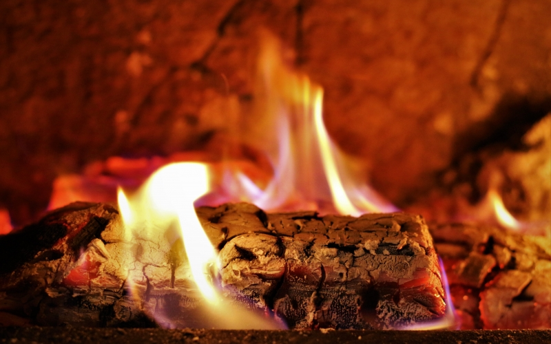 fireplace, firewood, wood, hot, fire, grid, burn, flame, heating, home, house, flaming, comfortable, chimney, coal, fireside, cozy, burning
