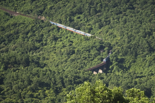 train, hue city, pass, vietnam, danang, hai van pass, rail, landscape, mountain, forest, traffic, transportation