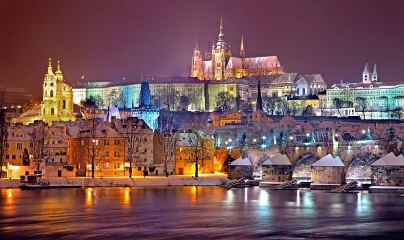 prague, winter, night, snow, prague castle, czech republic, praha, bridge, charles bridge, city, europe, capital, historically, vltava, river