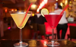 alcohol, bar, club, cocktails, red, restaurant, yellow, lights, lemon