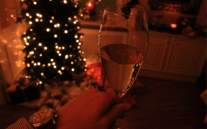 wine, glass, christmas tree, room, christmas, xmas, xmas tree, presents, lights, new year