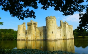 bodiam castle, east sussex, england, castle, architecture, pond, lake, old, history, summer, walls