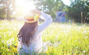 girl, woman, young, female, summer, daisies, flowers, field, meadow, leisure, grass, nature, spring, outdoor, cheerful, hat, sunshine